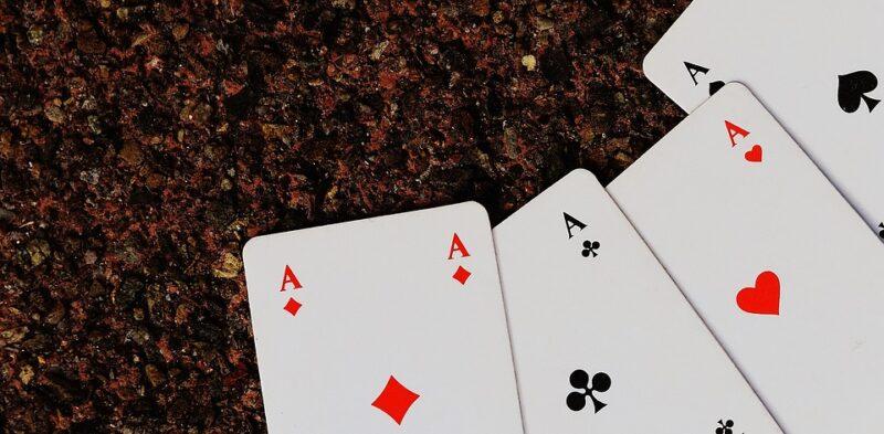 ポーカーで最強の役